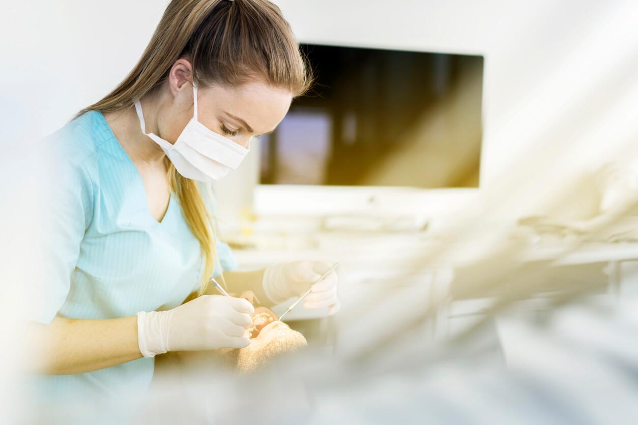 Urgence dentaire à Brossard