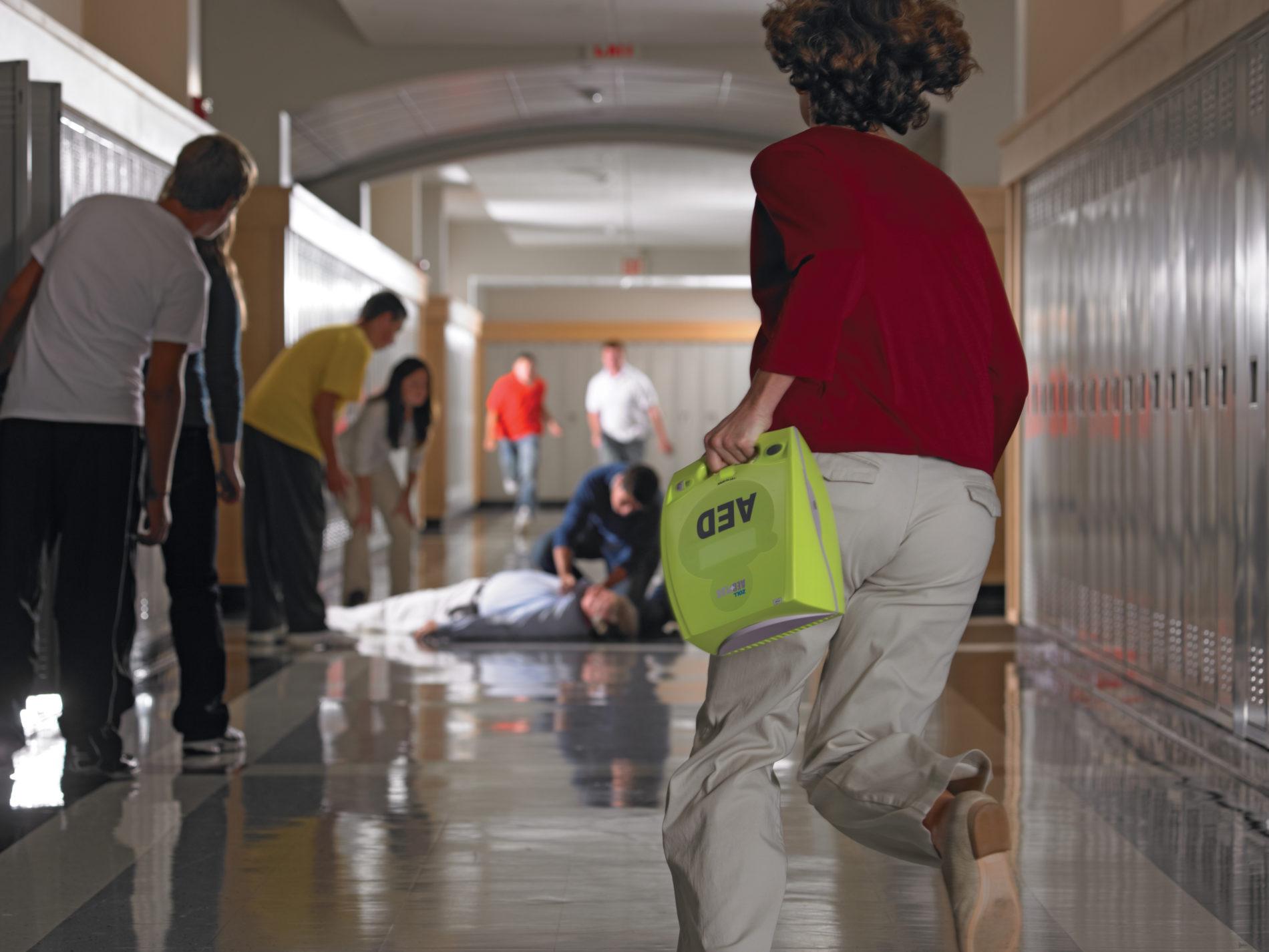 school-hallway-teacher-running-e1482423600809 (1)