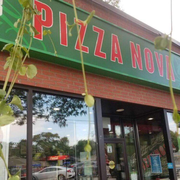 Pizzza Nova