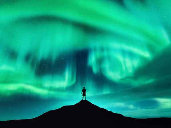 el polo norte magnetico se desplaza