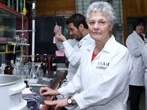 Rachel Mata, científica de la UNAM es la primera latinoamericana en recibir premio a la excelencia en investigación botánica
