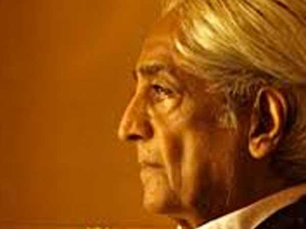 Krishnamurti investiga sobre la libertad, amor, pasión y sobre el real significado de la muerte