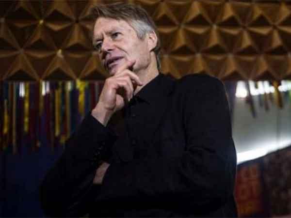 Nobel de Literatura: «La pandemia no es castigo, sino respuesta de la naturaleza»