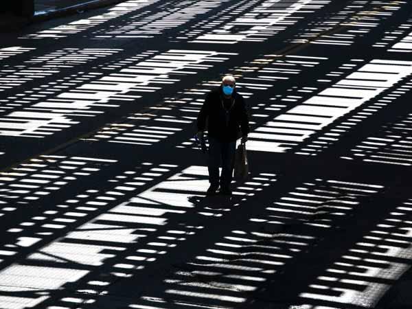 Setecientos epidemiólogos cuentan cómo viven la pandemia, y qué nos espera en el futuro próximo