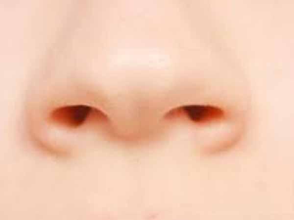 Autopsias demuestran que el coronavirus llega hasta el cerebro subiendo por la nariz