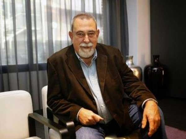 Dr. Máximo Sandín: una reflexión sobre los virus y la crisis planetaria en torno al COVID-19