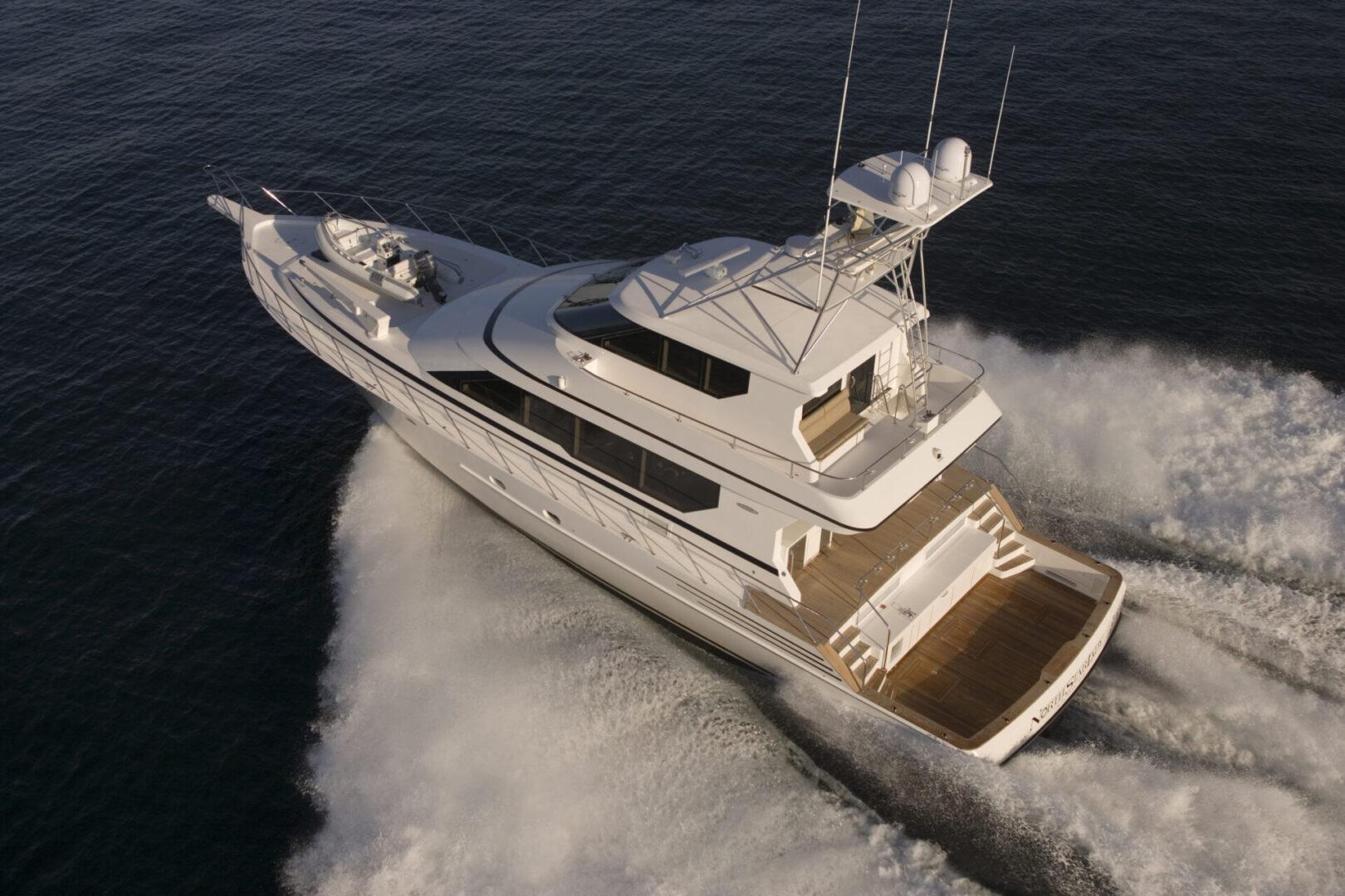 El Lobo Northstar 80' Sportfishing Boat