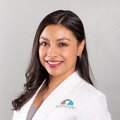 Dr. Cinthya