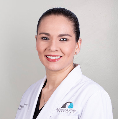 Dra-Alejandra-Flores-Advanced-Smiles-dentistry