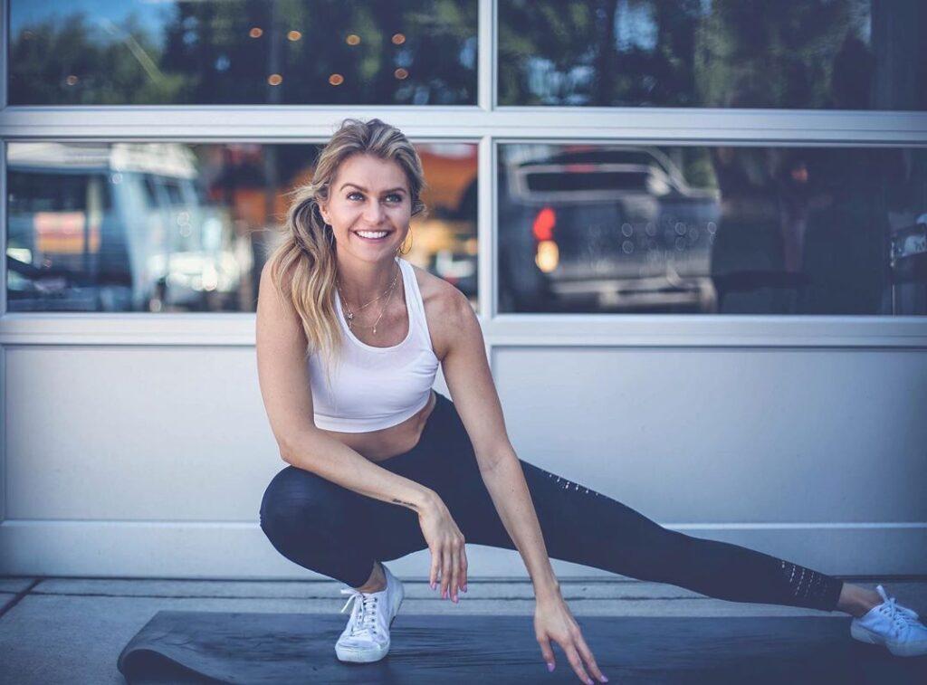 Chelsea Stewart Profile Pic