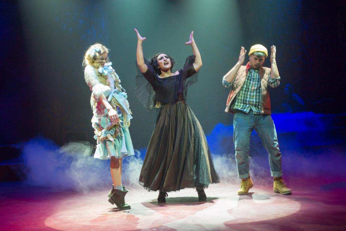 Rapunzel-Yellow Rota-Dress Rehearsal-21112017-DB-75
