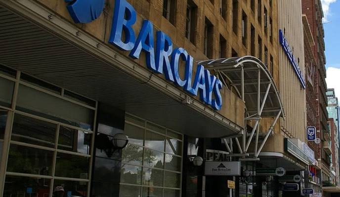 Photo of Barclays Bank  Scraps VISA Card Usage Outside Zim