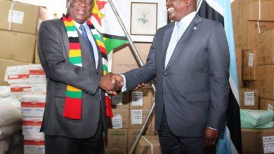 Photo of Botswana Donates Food & Medication to Zimbabwe