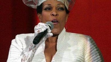 Photo of Olinda Marowa patners Deborah Fraser.