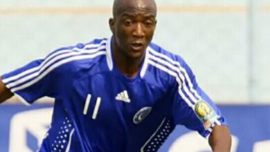 Photo of Local soccer star Edward Sadomba honoured in the United Arab Emirates.