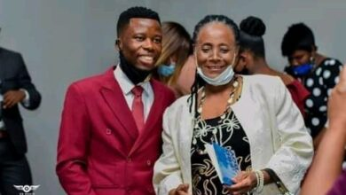 Photo of Charles Mungoshi Jnr shows appreciation to his mum