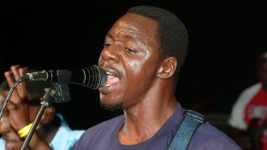 Photo of Alick Macheso patners South African singer Busiswa.