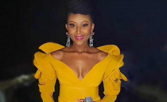 Mbo Mahocs wins big at the Zim Achievers Awards SA