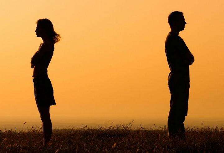 Overcoming the Pain of a Breakup in 9 Simple Steps