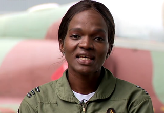 Photo of Meet Zimbabwe's first female jet pilot
