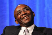 Photo of Strive Masiyiwa consulted by Malawi president over provision of cheap internet
