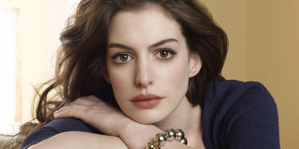 Photo of Anne Hathaway 'proud' of Interstellar