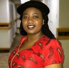 Photo of Mamombe recives One Young World award