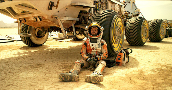 "Photo of Watch Matt Damon's New Film ""The Martian"" Exclusive Trailer Here"