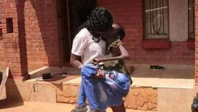 Photo of Image of Greatman and wife kissing causes furore