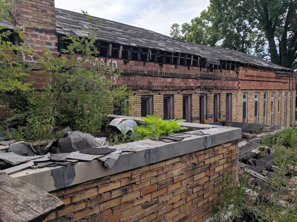 MIDDLETOWN, Ohio - A Butler County architect's dream to revive Middletown's dilapidated Carnegie Library is finally becoming a reality.