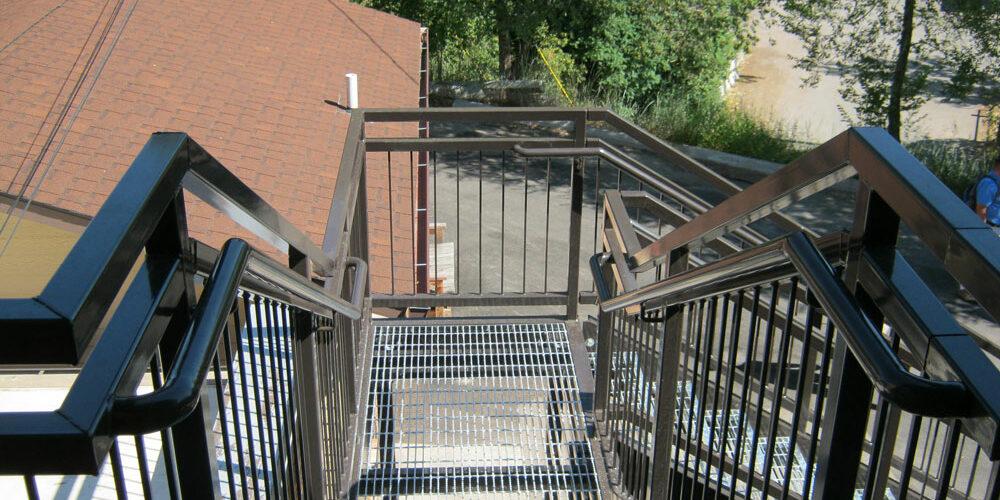 large-stairs01.jpg