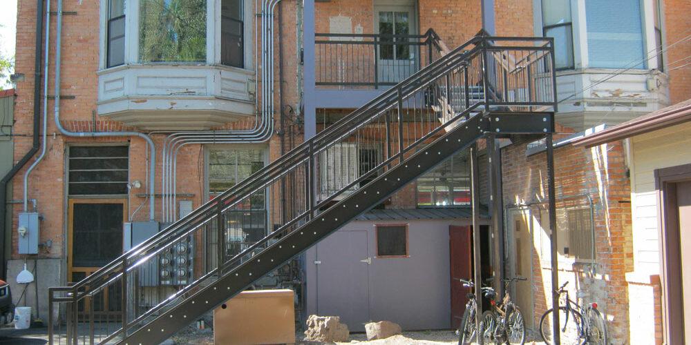 large-stairs03.jpg