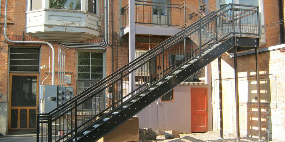 large-stairs04.jpg
