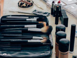 Photo - Makeup clutter