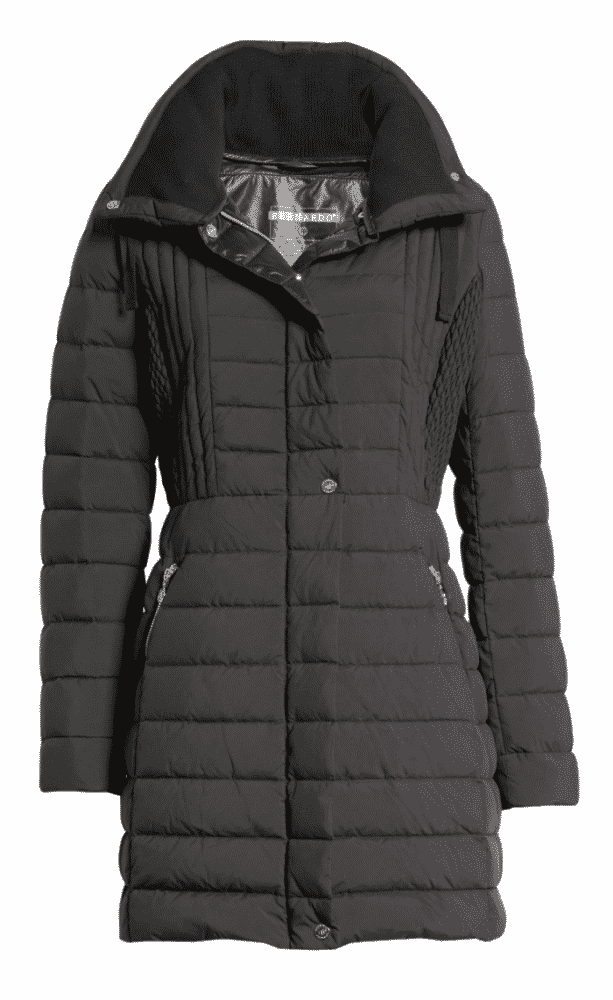 Black puffer coat, packing for travel