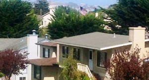 The US Flag flys proudly in Avalon Park 24/7. Over 40 neighbors agreed this was a great site.