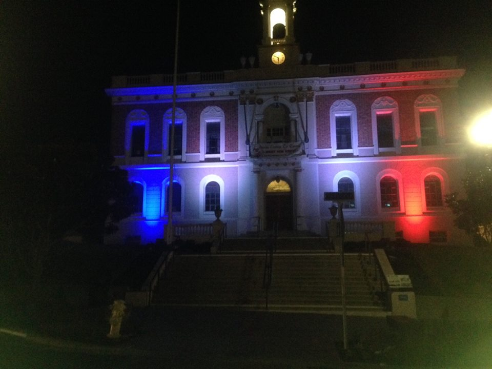 SSF City Hall Lite in Solidarity with France Photo: Sharon Ranals