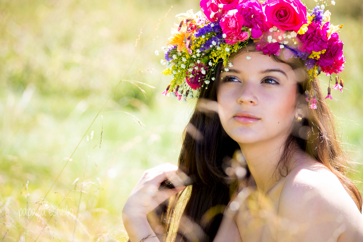 corona-floral-bohemian-flower-head-piece