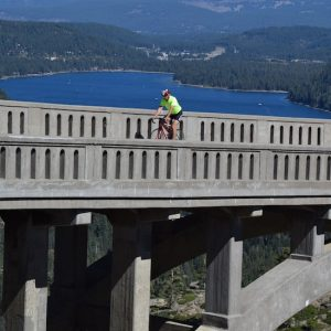 road-cycling-truckee-donner-pass-bridge