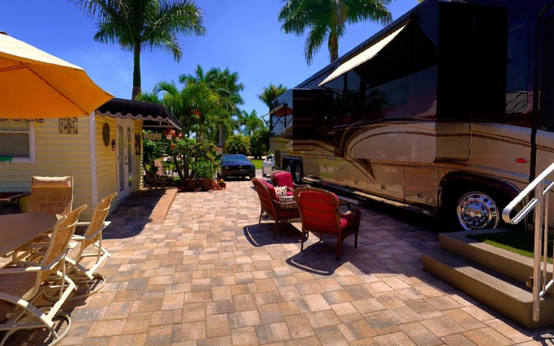 RiverBend Motorcoach Resort  – Labelle, FL (Near Ft Myers)