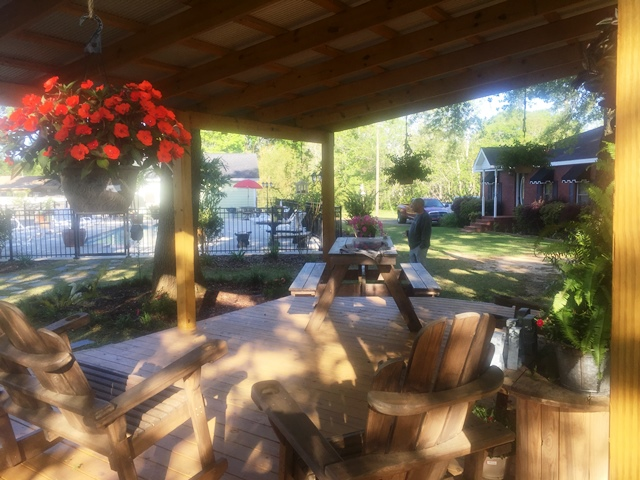 All About Relaxing RV Park - Sitting Area