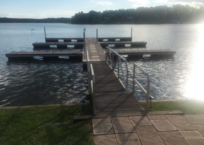 Lake Greenwood Motorcoach Resort - Dock