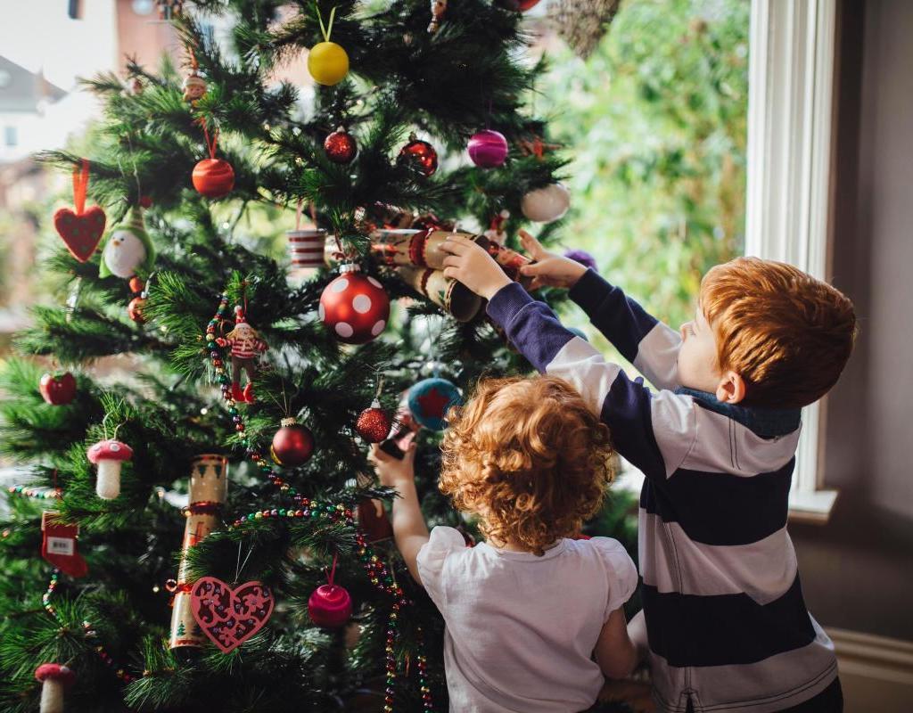 Учените: Щастливите хора поставят коледната украса по-рано
