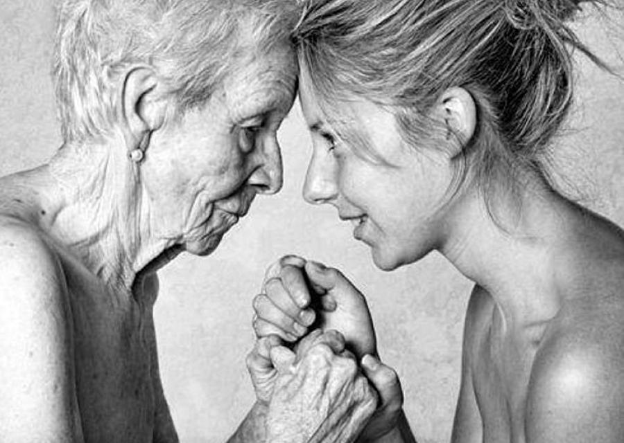 Майката е повече от родител, тя е частица от нашето сърце! Притча за майката