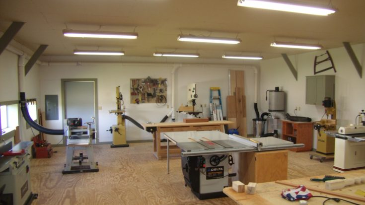 Small Woodworking Shop Layout Helps You To Lay Out The Shop