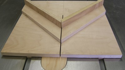 building a table saw miter sled