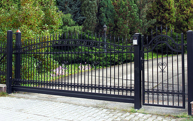 automatic gate, electric gates, omaha fencing