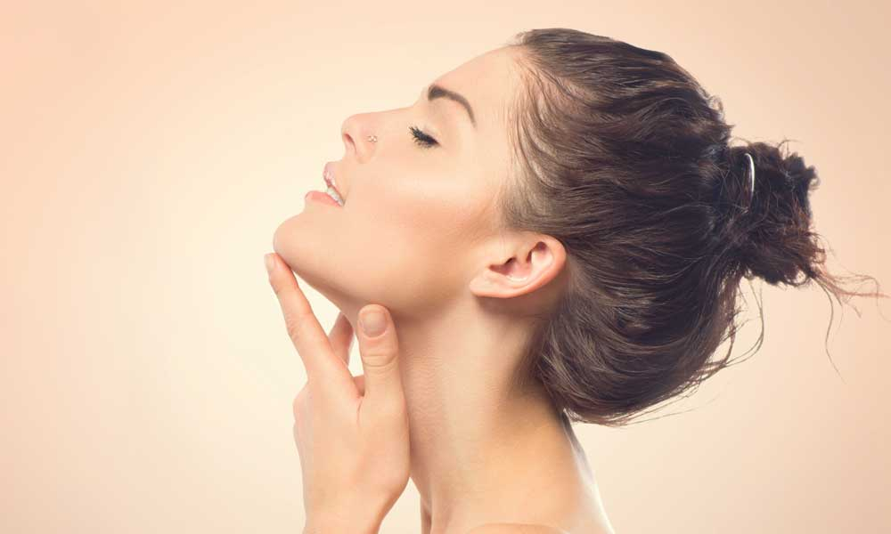 What is the most effective and long-lasting procedure for lifting jowls?