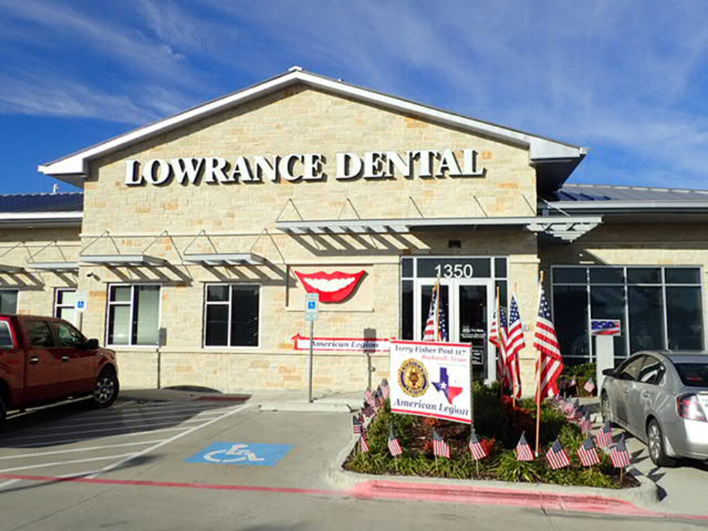 Lowrance Dental - Stan Lowrance, DDS, FAGD, Chris Baker, DDS, FAGD, and Shanae Lowrance, DDS