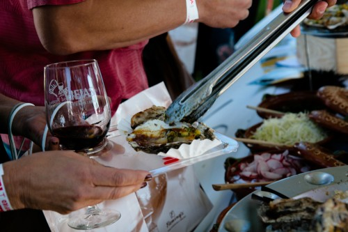 2009-Festival-Grand Tasting-Joey Hernandez.jpg